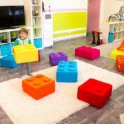 Пуф малый и большой Лего в интерьере2