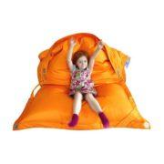 ресло-подушка-трансформер с ремнями (зима-лето) оранжевый в интерьере